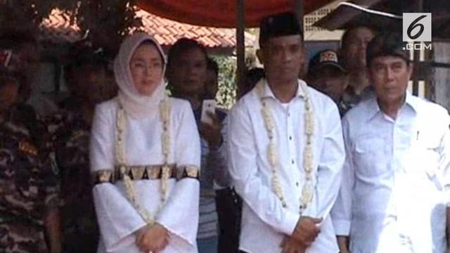 Tak hanya Dedi Mulyadi yang berpolitik dan mencalonkan diri jadi cawagub Jawa Barat. Sang istri juga mengikuti jejak suami dengan menjadi cabup Purwakarta.