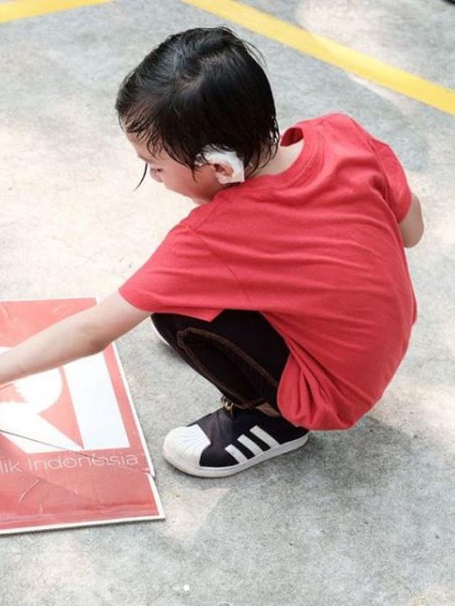 Jelang Operasi Telinga, Anak Anji Masih Aktif Ikut Lomba
