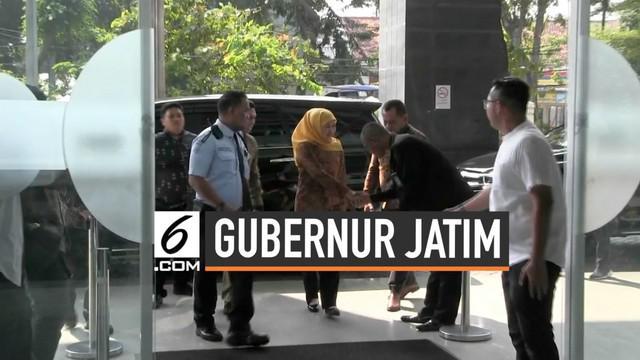 Gubernur Jawa Timur Khofifah Indar Parawansa menjadi saksi kasus jual beli Jabatan di Kemenag. Dalam kasus suap jabatan ini, KPK menetapkan 3 orang tersangka diantaranya mantan Ketua Umum PPP Romahurmuziy.
