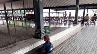 Rizky Kuncoro, abdi dalem cilik Keraton Ngayogyakarta Hadiningrat, Yogyakarta. (Liputan6.com/Fathi Mahmud)