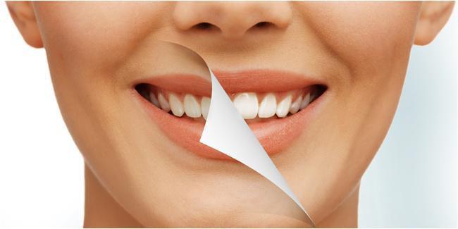 Charcoal dipercaya bisa memutihkan gigi./copyright Shutterstock.com