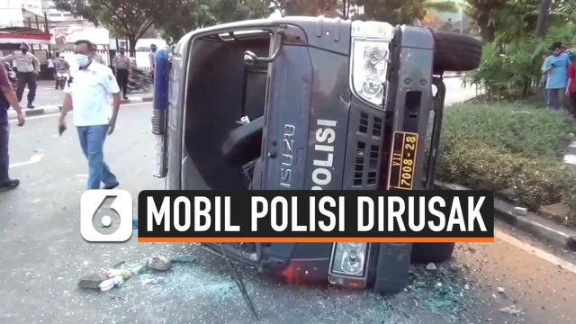 mobil polisi tahanan dirusak thumbnail