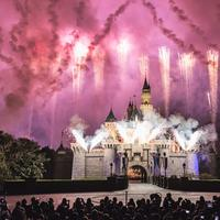 Ilustrasi Disneyland. Sumber foto: unsplash.com/Jacob Dyer.