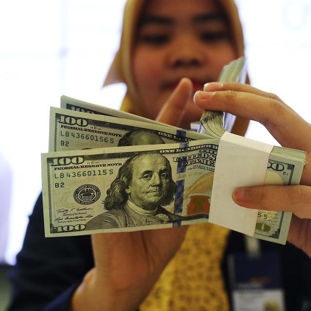 Investasi Emas atau Dollar, Mana yang Lebih Untung? | KoinWorks Blog