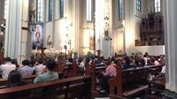Suasana kebaktian di Gereja Katedral, Jakarta. (Liputan6.com/Devira Prastiwi)