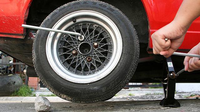 Ganti Ban Mobil Cuma Satu Tak Disarankan Begini Penjelasannya Otomotif Liputan6 Com