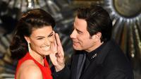 Seolah membalas perlakuan terhadapnya tahun lalu, Idina Menzel memanggil nama lain untuk John Travolta.