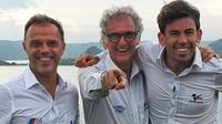 (Kiri-kanan): Loris Capirossi (Safety Advisor Dorna), Franco Uncini (Safety Advisor FIM), dan Carlos Ezpeleta (Managing Director Dorna). Ketiganya foto bersama usai inspeksi pembangunan Sirkuit Mandalika, Lombok, Rabu (07/04/2021). (Instagram/Loris Capirossi)