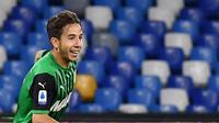 Pemain bintang baru dari tim Sassuolo, Maxime Lopez. (Tiziana FABI / AFP)