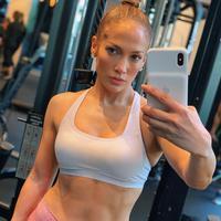 Jennifer Lopez (Instagram/ jlo)