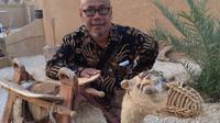 Salim Bungsu disela-sela ziarah di Mekah bersama artis dan rombongan kru Sinemart