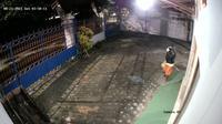 Tangkapan layar video CCTV kantor JTV Bojonegoro diacak-acak maling. (Liputan6.com/Ahmad Adirin)