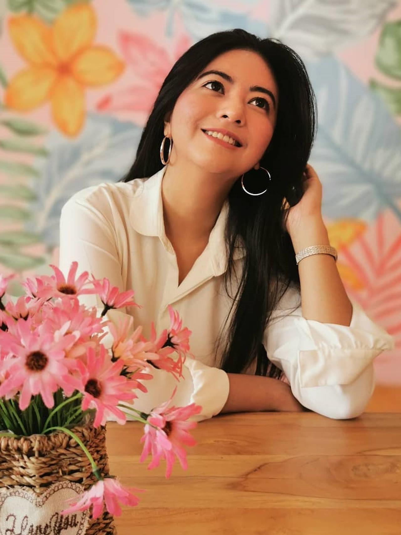 Cerita Puteri Indonesia 2009 Qory Sandioriva Berjuang Hadapi Lupus