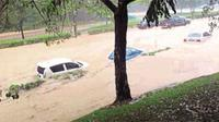 Kampus International Islamic University Malaysia (IIUM) di Kuala Lumpur diterjang banjir bandang. (Asyraf Hamzah/New Straits Times)
