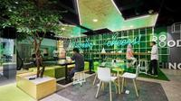 Desain interior coworking space ala Cocowork. (dok. Arsitag.com/Dinny Mutiah)