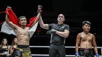 Rudy Agustian saat mengalahkan Khon Sichan di ajang ONE: Call to Greatness, Februari lalu. (ONE Championship)