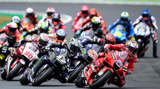 Start balapan MotoGP Prancis di Sirkuit Le Mans pada 16 Mei 2021. Beberapa pembalap harus mendapat long lap penalty. (JEAN-FRANCOIS MONIER / AFP)
