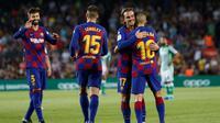 Barcelona meraih kemenangan 5-2 atas Real Betis pada laga pekan kedua La Liga Spanyol di Camp Nou, Minggu (26/8/2019) malam WIB. (AP Photo/Joan Monfort)