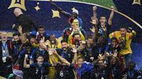 Timnas Prancis berhasil menjuarai Piala Dunia 2018 setelah mengalahkan Kroasia dengan skor 4-2, dalam laga final di Luzhniki Stadium, Minggu (15/7/2018) malam WIB. (AFP/GABRIEL BOUYS)