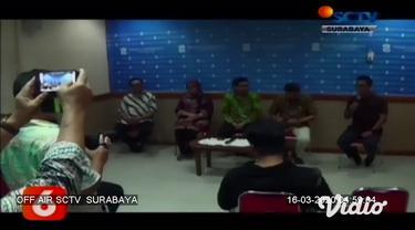 Berbagai cara untuk menghalau penyebaran virus corona di Surabaya. Pemerintah Kota Surabaya, di hari Minggu pagi meniadakan car free day (CFD) di seluruh titik di Surabaya.