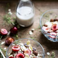 ilustrasi granola yogurt/copyright unsplash/Monika Grabkowska
