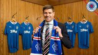 Legenda Liverpool, Steven Gerrard, resmi ditunjuk sebagai pelatih anyar Rangers FC. (Twitter Rangers FC)