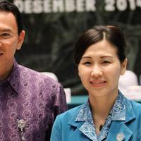 Veronica Tan adalah istri dari Gubernur DKI Jakarta Basuki Tjahaja Purnama (Ahok).