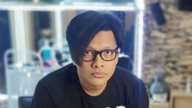 "Terdengar Lebih 'Matang', Armand Maulana Cover Lagu ""Kamu"" dari Coboy Junior"