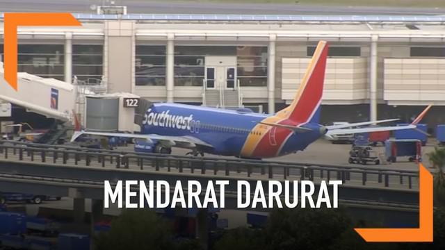 Pesawat Southwest Airlines tipe Boeing 737 Max menglami masalah dan mendarat darurat di