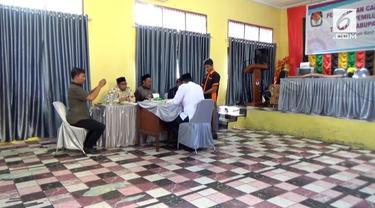 Bakal caleg dari Aceh harus melewati uji membaca Alquran sebelum resmi menjadi caleg. Bila terbukti tidak bisa membaca Alquran maka mer