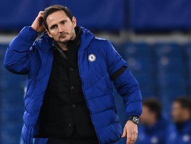 "Pemecatan akhirnya dialami juga oleh manajer Chelsea Frank Lampard. Gerah dengan hasil minor cuma menang 2 kali dalam 8 pertandingan terakhir, petinggi Chelsea mengumumkan pemecatan tersebut pada Senin (25/1/2021). Berikut perjalanan karir si ""chubby"". (AFP/Andy Rain/Pool)"