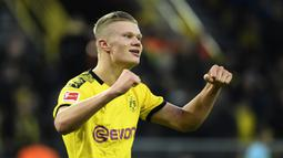 2. Erling Braut Haaland (10 gol) - Pemain berusia 20 tahun ini tampil mengagumkan bersama Borussia Dortmund di penyisihan grup Liga Champions 2019/2020. Haaland mampu mengemas 10 gol hanya dalam tujuh kali penampilan di Liga Champions. (AFP/Ina Fassbender)