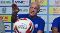 Pelatih Arema FC, Mario Gomez. (Bola.com/Iwan Setiawan)