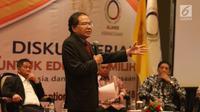 """Mantan Menko Kemaritiman Rizal Ramli saat diskusi serial untuk edukasi pemilih dengan tema """"Debat-Tak Debat: Utang Besar Buat Siapa? di Jakarta Convention Center, Senayan, Jakarta, Selasa (3/7). (Liputan6.com/Angga Yuniar)"""