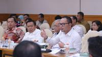Menteri Ketenagakerjaan M. Hanif Dhakiri mengatakan sebanyak 79 dari 102 kasus PMI yang terancam hukuman mati, berhasil dibebaskan oleh pemerintah dari hukuman mati.