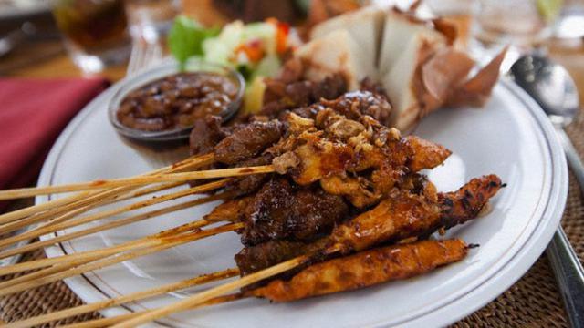 Sate Susu Khas Bali, Hanya Ada di Bulan Ramadan - Citizen6 ...