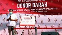 Ketua Umum PMI Jusuf Kalla (JK) meminta semua pihak menunggu keputusan BPOM RI terkait izin edar dan produksi kombinasi obat COVID-19 saat hadiri donor darah di Gelora Bung Karno Jakarta, Minggu (23/8/2020). (Dok Tim Komunikasi Jusuf Kalla)