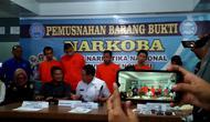 BNN Provinsi Bengkulu berhasil mengungkap jaringan narkoba antar provinsi dengan menangkap 7 orang tersangka. (Liputan6.com/Yuliardi Hardjo)