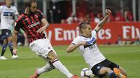 Gonzalo Higuain mencetak satu gol saat AC Milan ditahan Atalanta 2-2 di San Siro. (AP Photo/Luca Bruno)