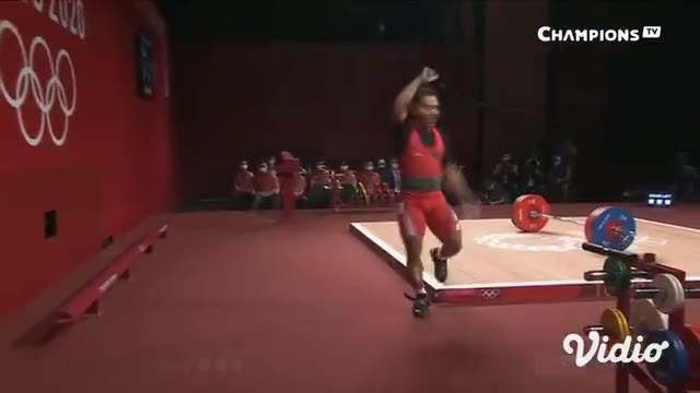 Momen Istimewa medali perak pertama Indonesia di Tokyo 2020 yang diraih atlet angkat besi Indonesia, Eko Yuli Irawan, dari kelas 61 kg putra pada hari Minggu (25/7).