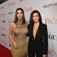 Meski demikian Kourtney Kardashian mengatakan bahwa definisi ibu yang baik bagi ia dan Kim Kardashian itu berbeda. (KEVORK DJANSEZIAN  GETTY IMAGES NORTH AMERICA  AFP)