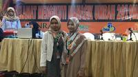 Lailatul Qomariyah dan Herayati, mahasiswa berprestasi yang mendapatkan umrah (Foto:Liputan6.com/Kezia Priscilla)