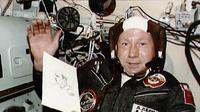 Kosmonaut asal Uni Soviet bernama Alexey Leonov. (Wikimedia Public Domain)