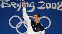 Perenang AS, Michael Phelps, mendulang delapan medali emas pada Olimpiade Beijing 2008. (Sportmole)