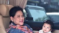 Iriana Jokowi dan cucu (Sumber: Instagram/jokowi)