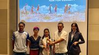 Candra Nugraha, Carla Felany, Linda S, Rexy, dr. Maria Dwi S (kiri ke kanan) pada Media Briefing Jelajah Timur - Run for Equaility yang dilaksanakan di Hotel Arthotel, Jakarta Pusat pada Senin (30/9/2019). (dok. liputan6.com/Novi Thedora)
