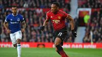 Performa buruk Sanchez menjadi berkah bagi Martial. Terlebih gol berhasil ia sumbangkan pada dua laga terakhir Manchester United di Premier League. (AFP/Paul Ellis)