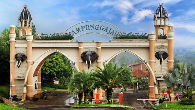 Kampung Gajah Wonderland Bandung Terletak Di