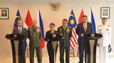 Pertemuan Menlu dan 3 Panglima Asing 'Lahirkan' Joint Declaration