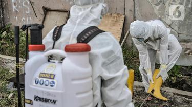 Dekontaminasi Sopir Pengantar Pasien Covid-19